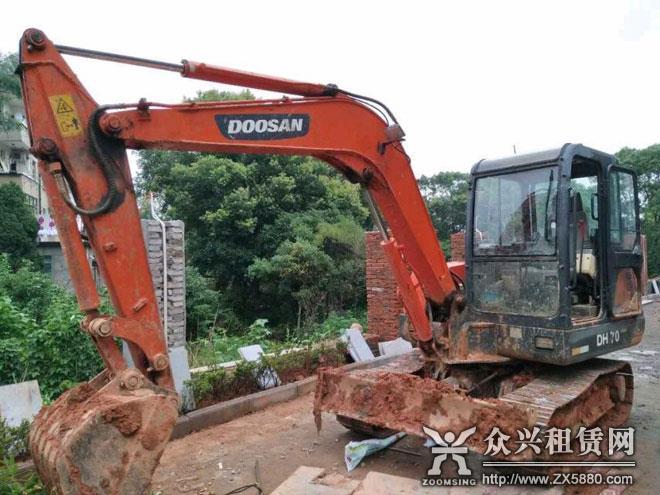 长沙市斗山55挖机出售